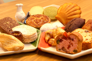 【本日のおいしいモノ】 本日鳴海にオープンしたパティスリーEs-tの焼き菓子!イメージ