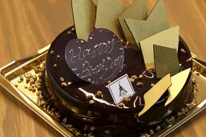 【本日のあまいモノ】 毎年恒例?!しあわせのえきバースデイケーキ!イメージ
