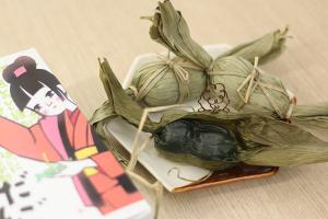 【本日のあまいモノ】笹のいい香りに包まれた、笹だんご!イメージ