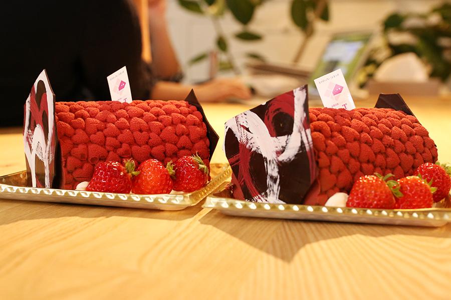 パティスリーエスさんのケーキ頂きました!メインイメージ
