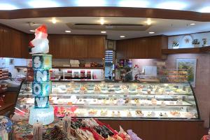 ついに大阪でケーキ屋さんのリブランディングプロジェクトがスタート!_marchenプロジェクトイメージ