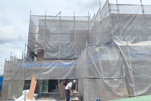 外壁が張られはじめました!!_スクット・このめほいくえんプロジェクトイメージ