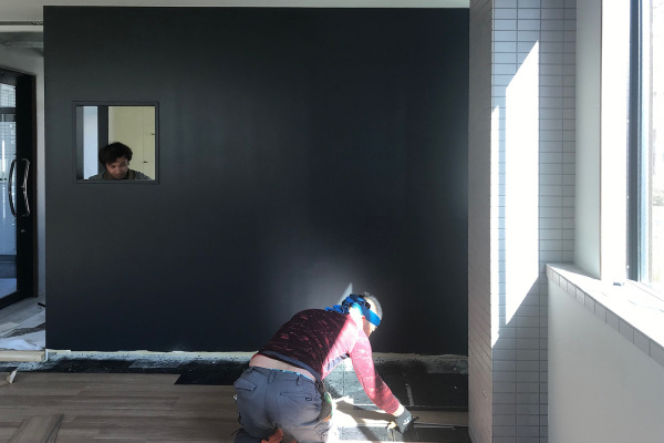 床が貼れました_KOM事務所移転プロジェクトvol.18
