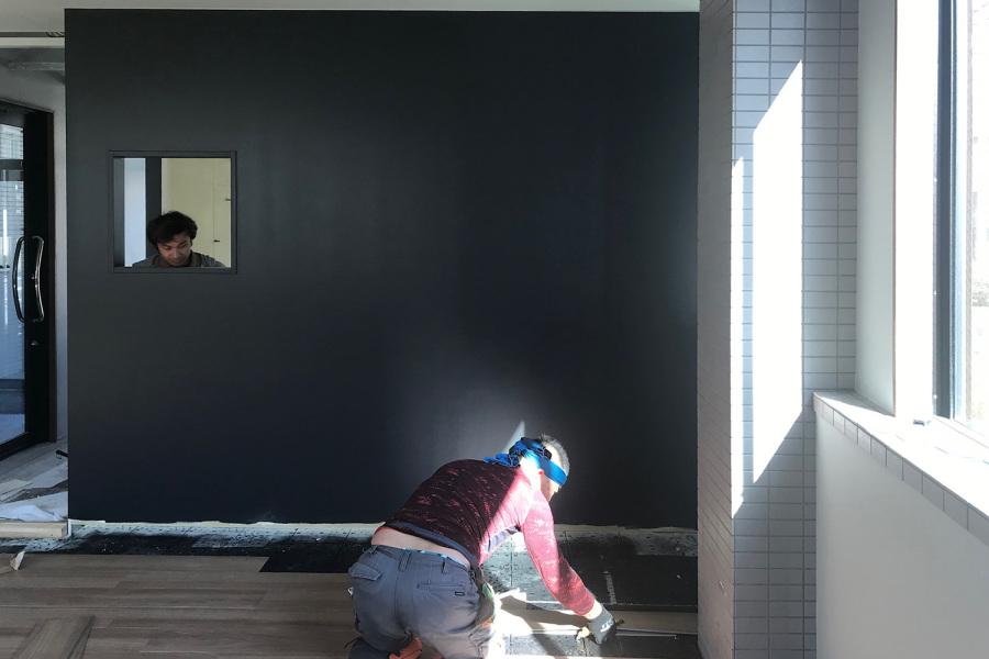 床が貼れました_KOM事務所移転プロジェクトvol.18メインイメージ