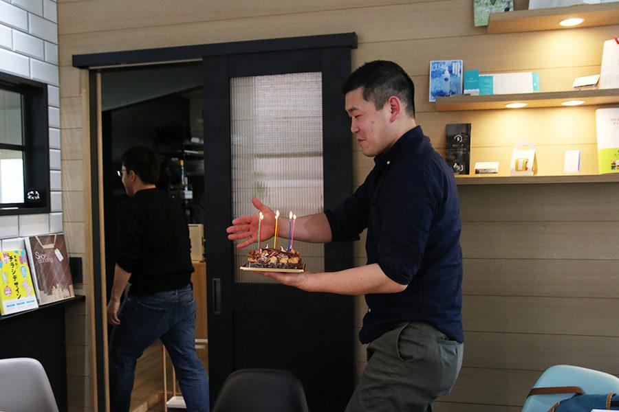 初!NUMOROUSさんの誕生日ケーキ!メインイメージ