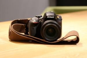 CanonとNikonイメージ