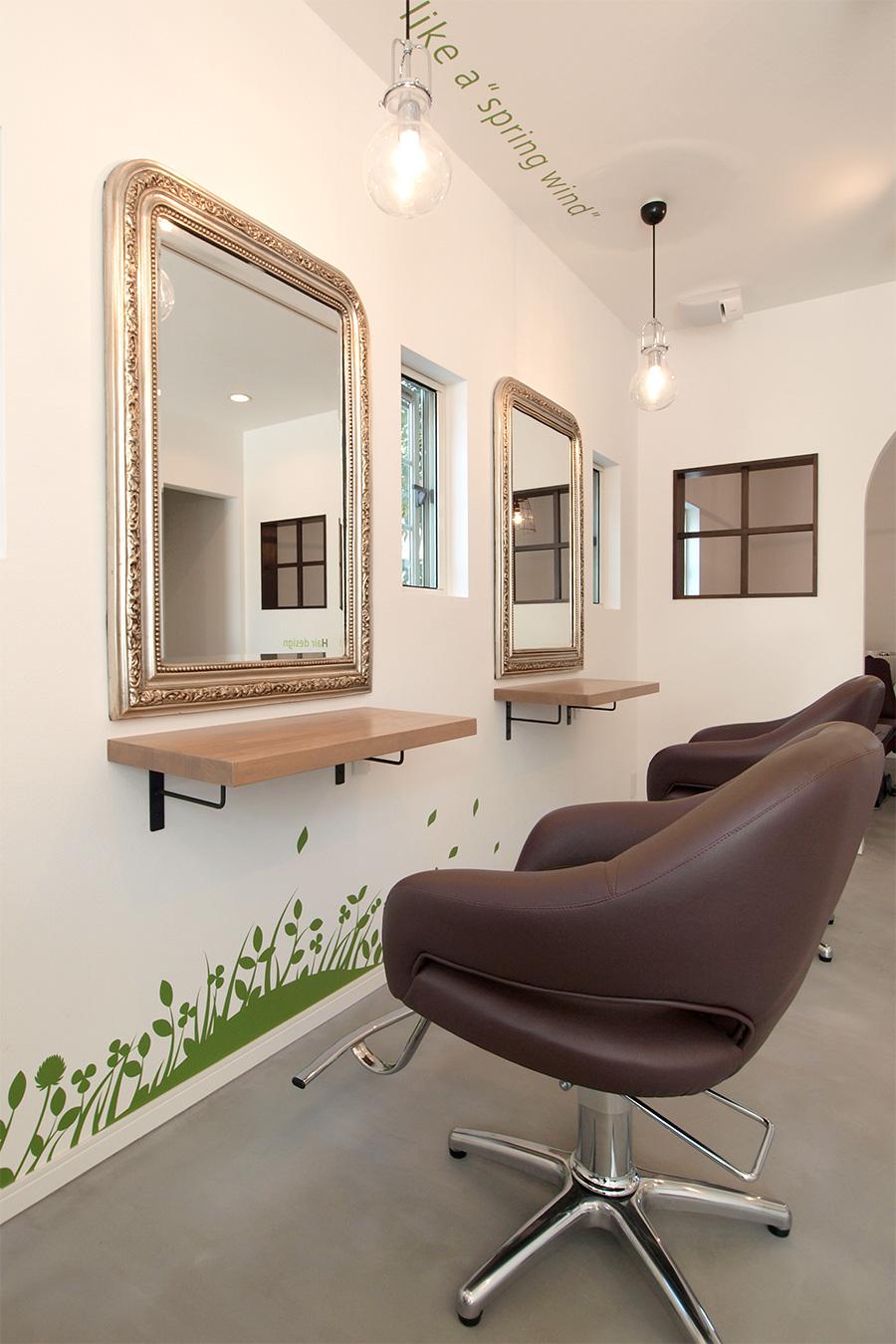 美容室のカットスペース