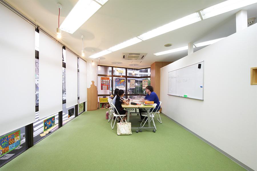 英会話教室の内装デザイン