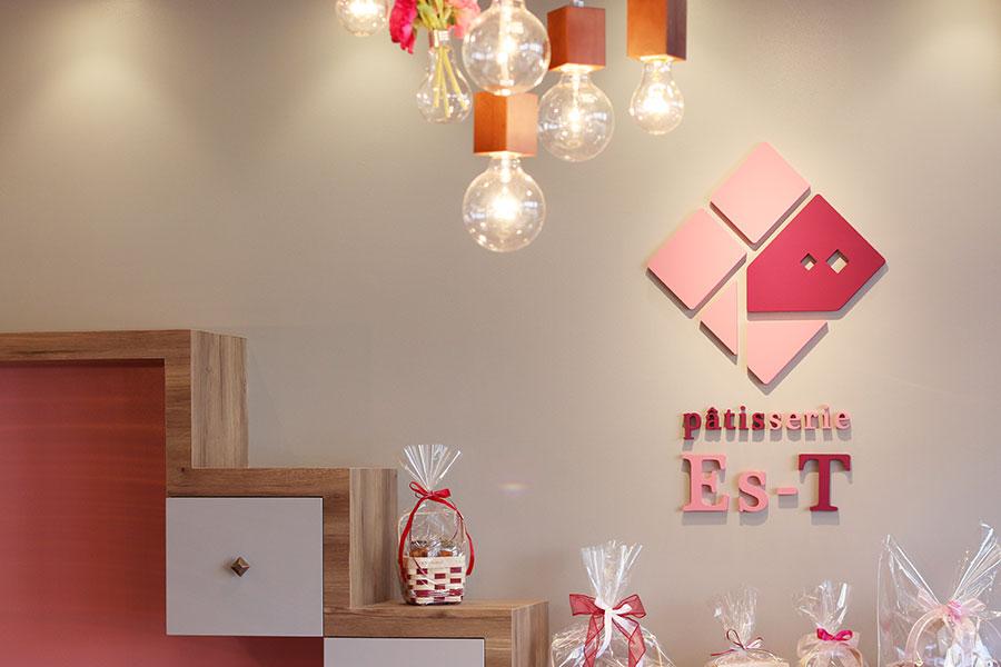洋菓子店の店内デザイン