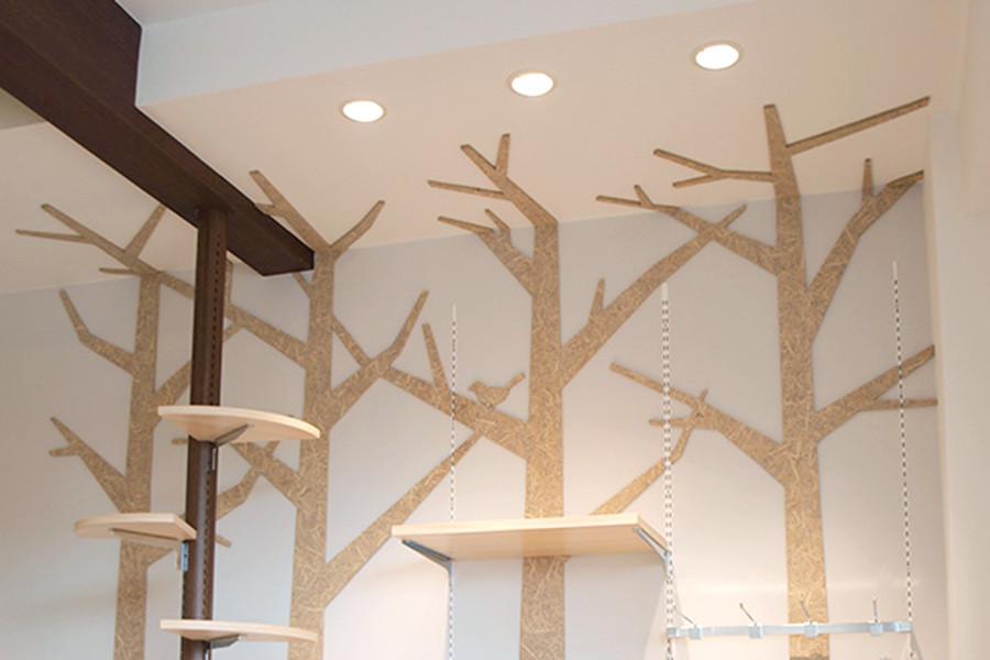 ケーキ屋/壁面の木のシルエット風サインデザイン_cadeau de rincottéサムネイル