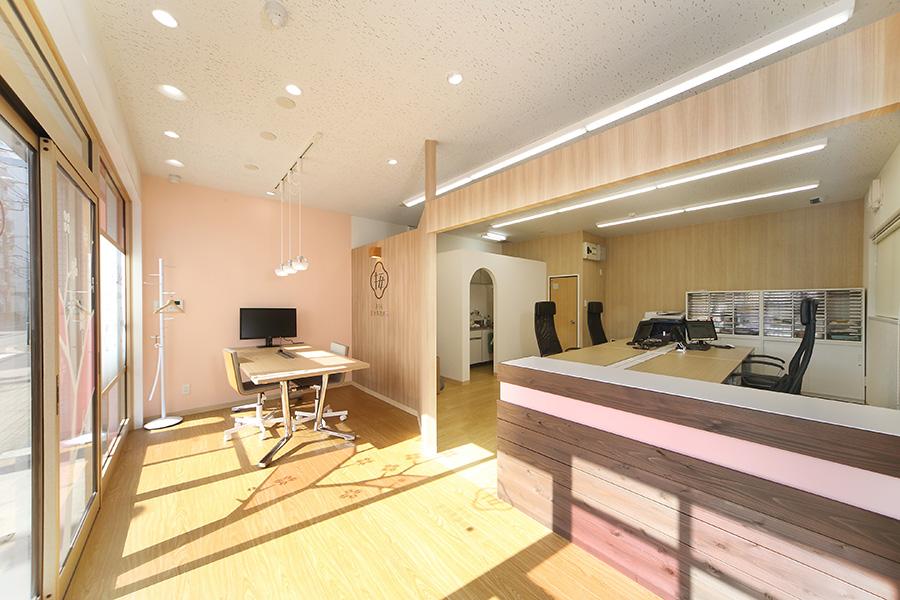 会計事務所のオフィスデザイン_東京都立川市 さくら会計事務所サムネイル