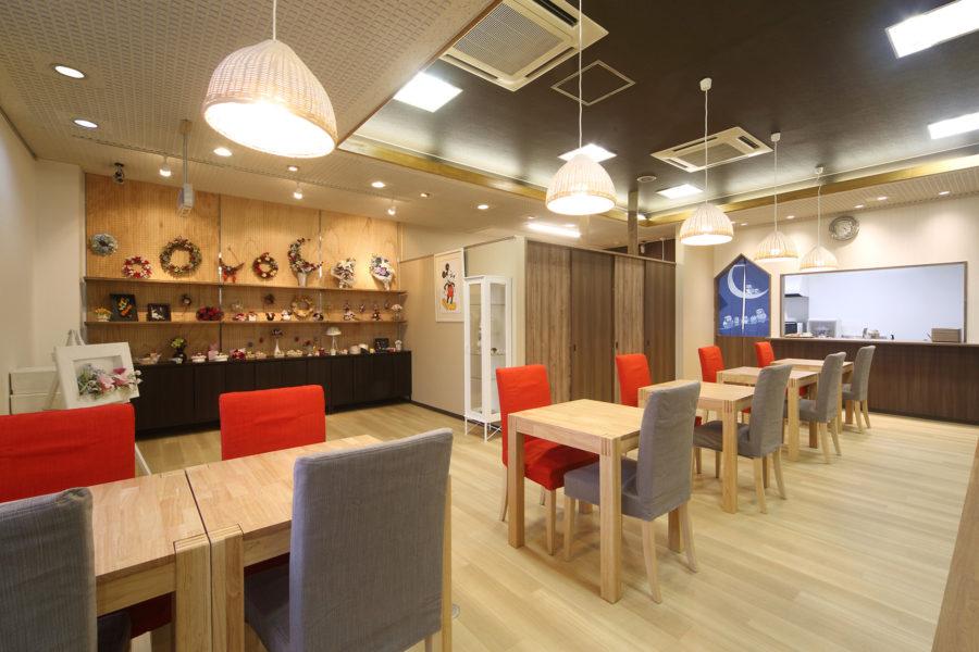 小売店&カフェの店舗デザイン_千葉県稲毛区 お茶とフラワーギフトはなみずきサムネイル